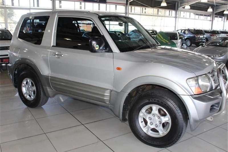 2000 Mitsubishi Pajero