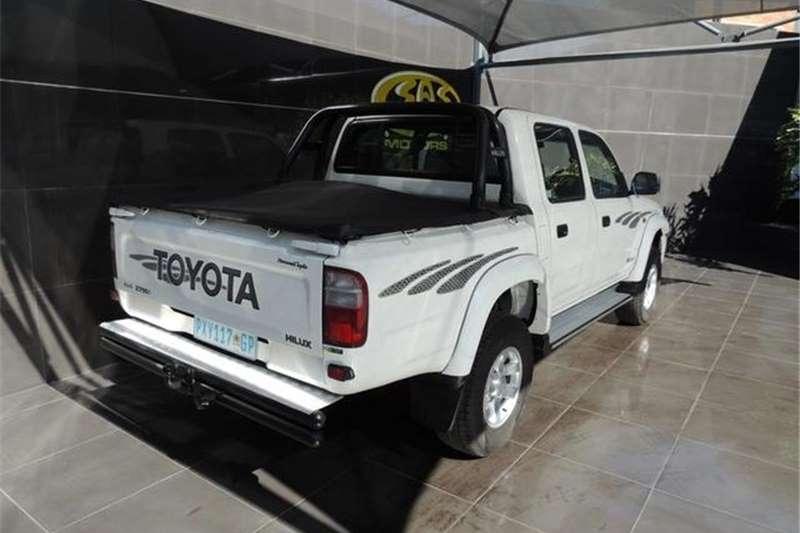 2004 Toyota Hilux