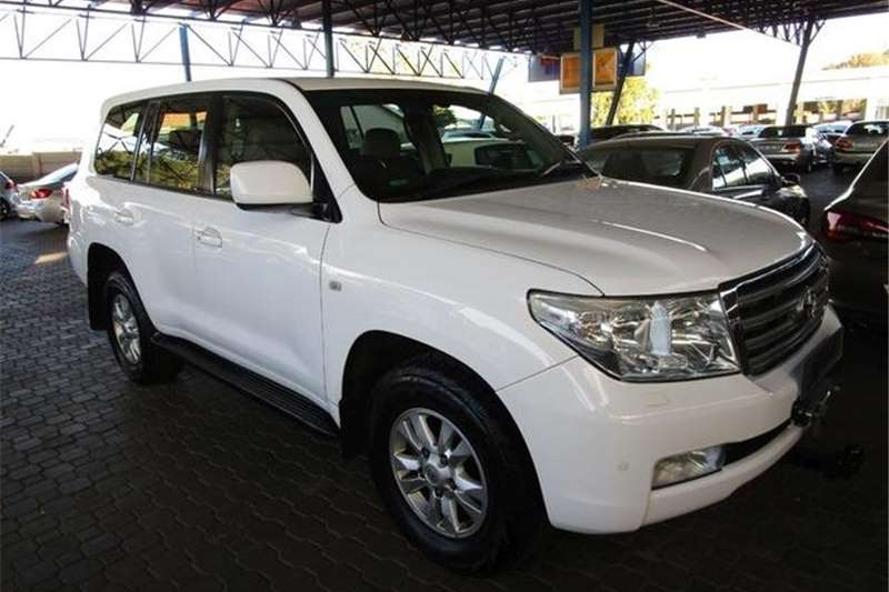 2009 Toyota Land Cruiser 200
