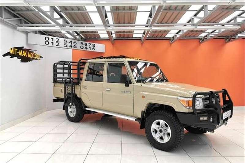 2013 Toyota Land Cruiser 79