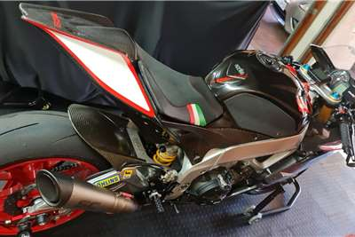 Aprilia RSV1000R Factory Aprillia RSV4 Factory with New SC Project Pipe wit 2009