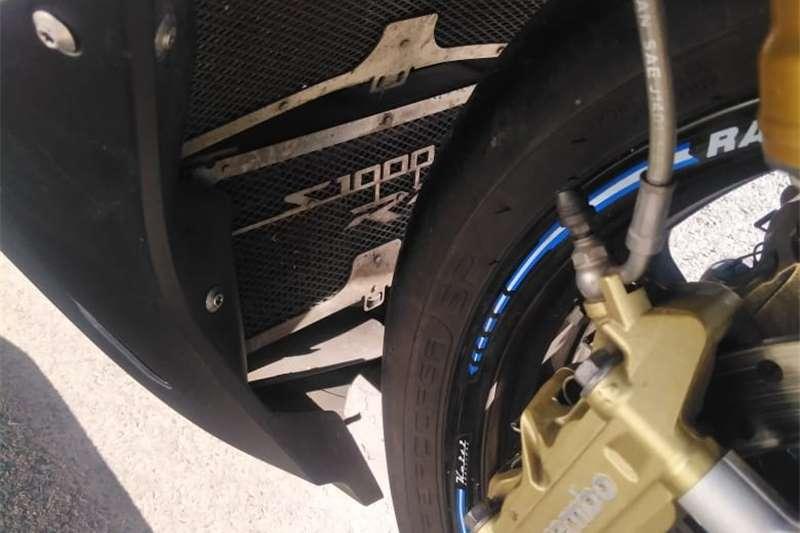 0 BMW S 1000 RR