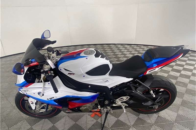 2019 BMW