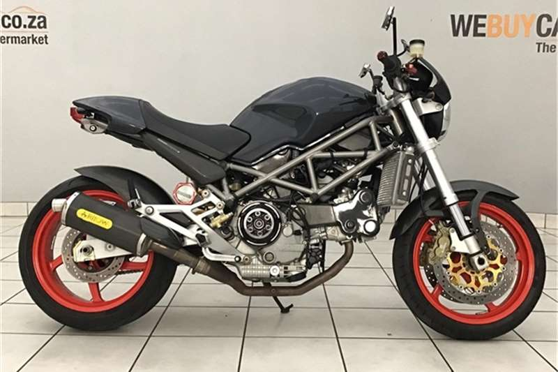 Ducati Monster 2004