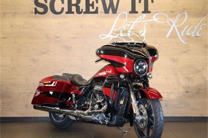 Harley Davidson CVO FLHXSE CVO Street Glide 2017