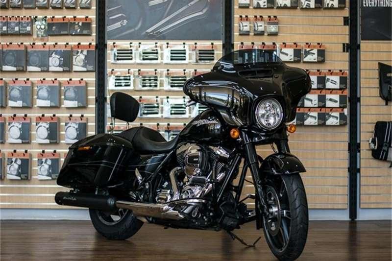 Harley Davidson Flhxs Street Glide Special Flhxs Vivid Black 16my 2015
