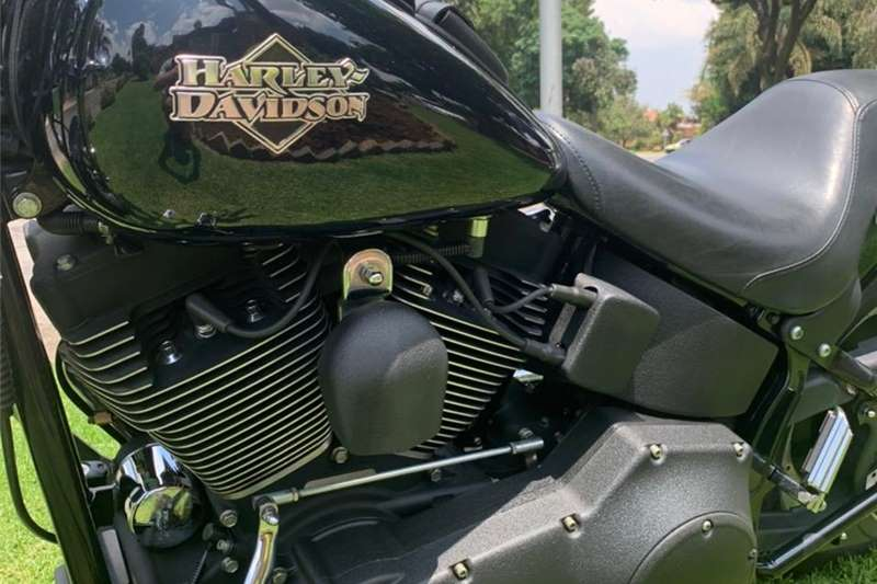 Harley Davidson Night Train 2004