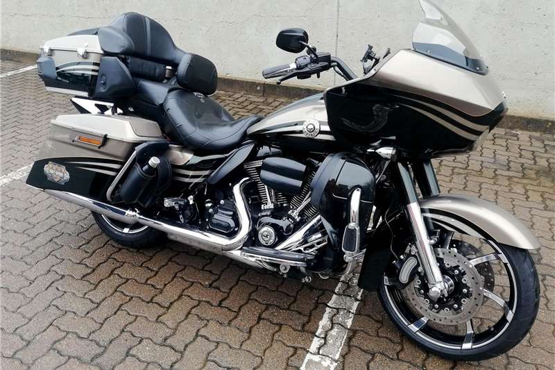Harley Davidson Road Glide 2013