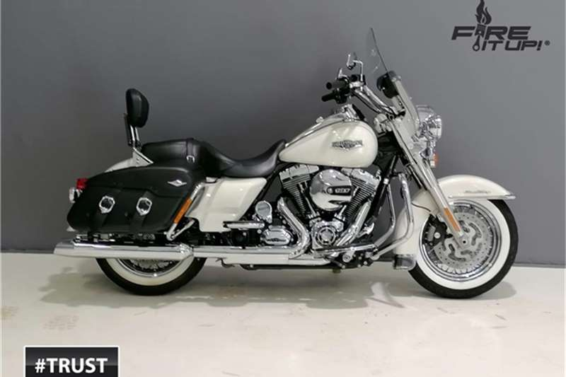 Harley Davidson Road King Classic 103ci 2014