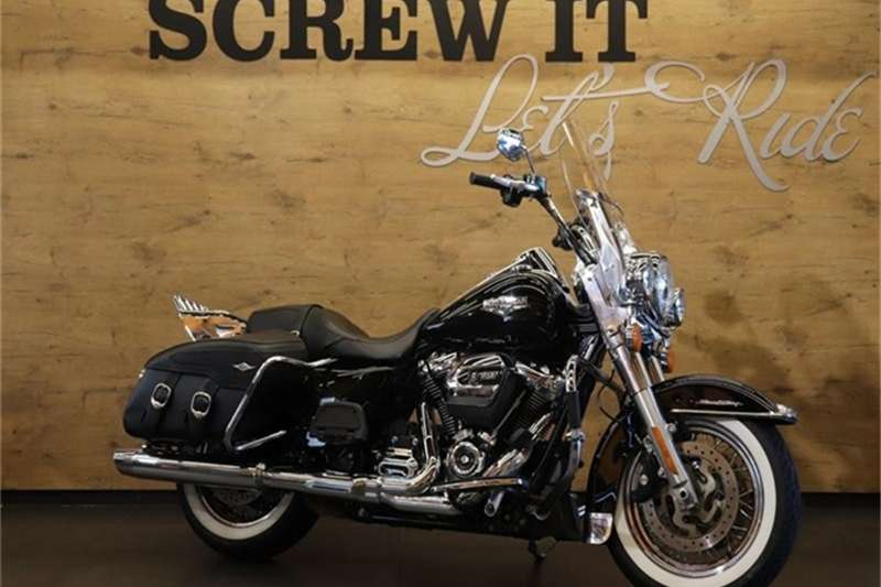 Harley Davidson Road King Classic 2017