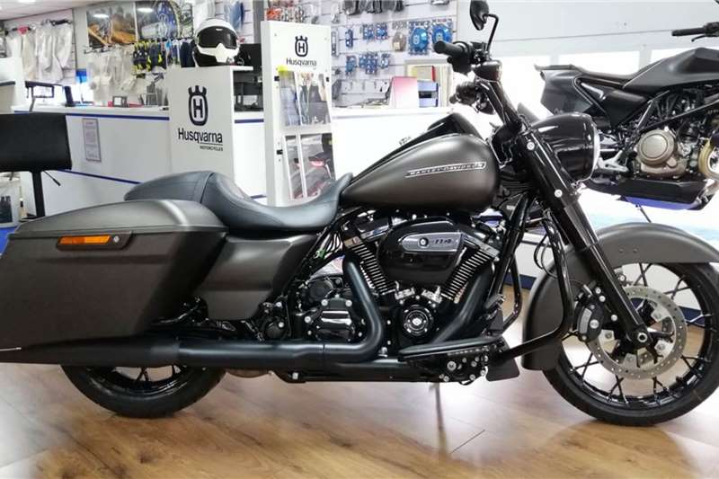 2020 Harley Davidson Road King