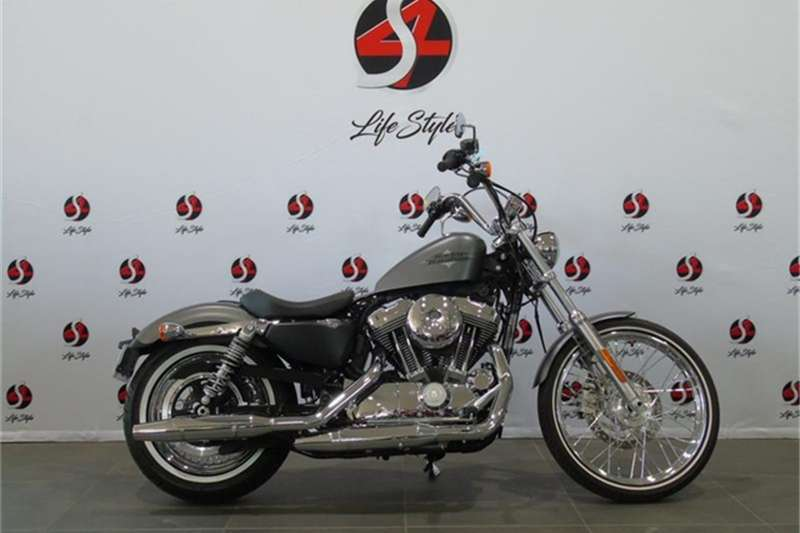 Harley Davidson Sportster Seventy Two 2016