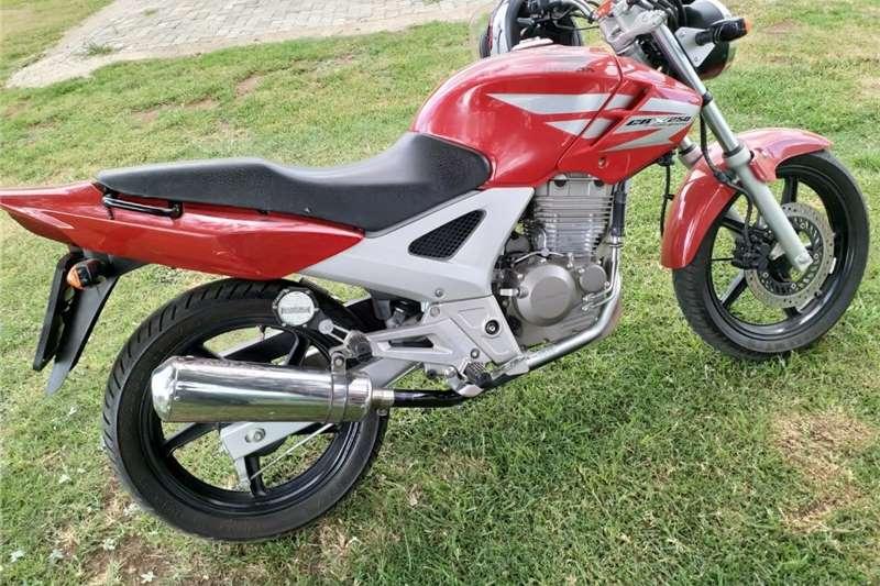 Honda CB 2014
