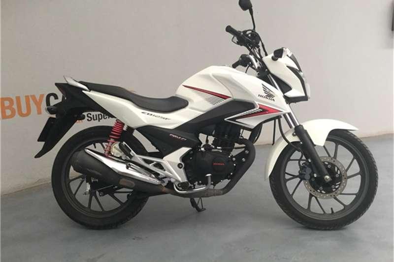 Honda CB 2016