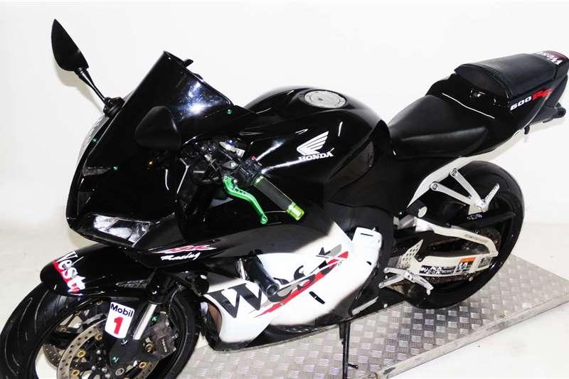 Honda CBF600 2011