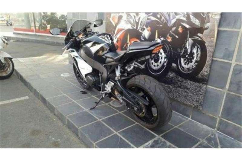 Honda CBR 1000 RR 2010