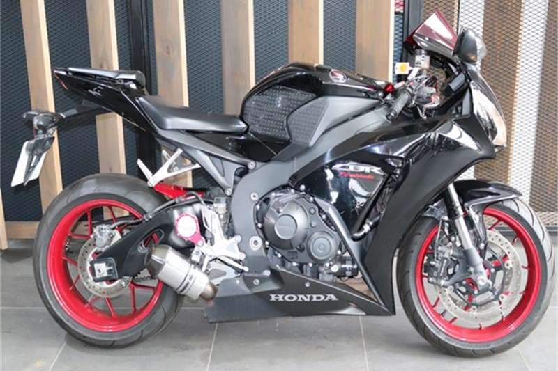 Honda CBR 1000 Rr Fireblade 2014