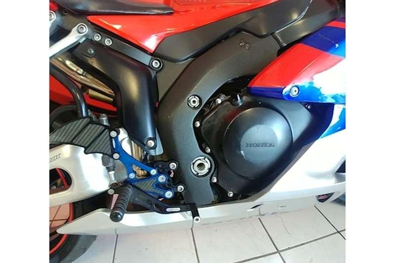 Honda CBR 1000RR 2005