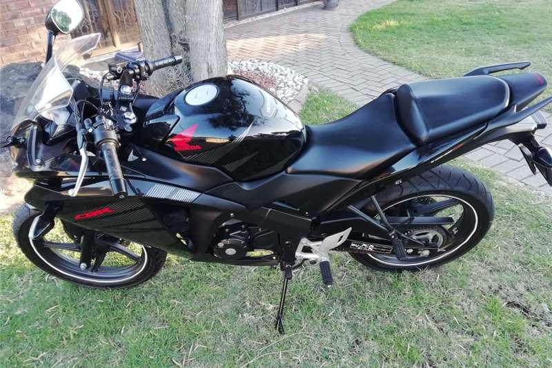 Honda CBR 125cc 2015