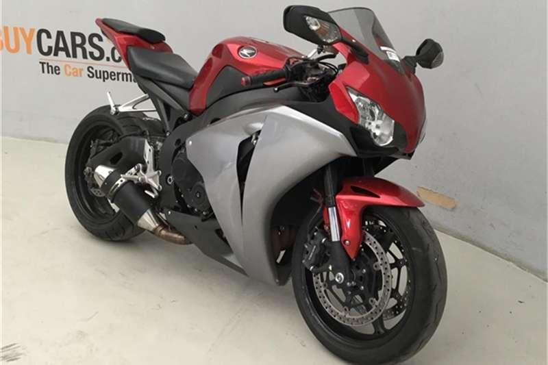 Honda CBR 2010