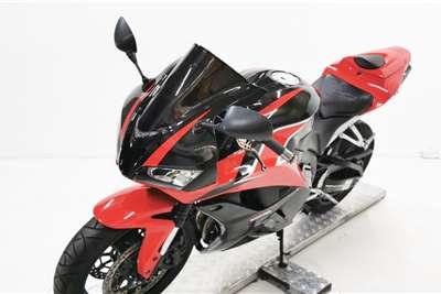 Honda CBR 2011