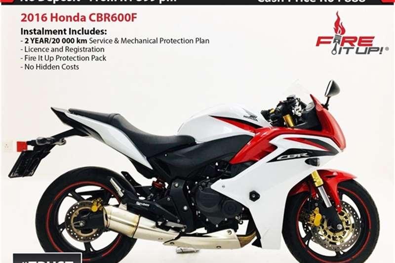 Honda CBR 600 F 2016