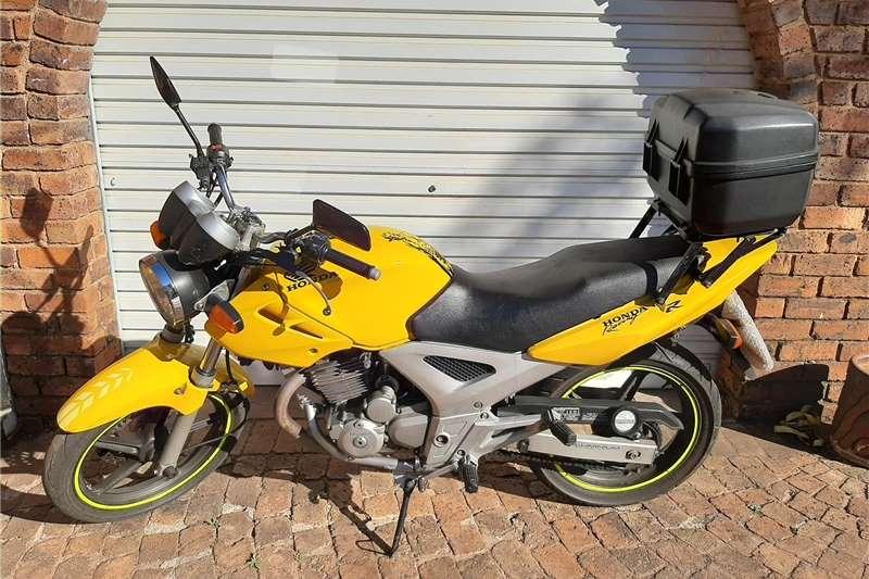 Honda CBX 2006