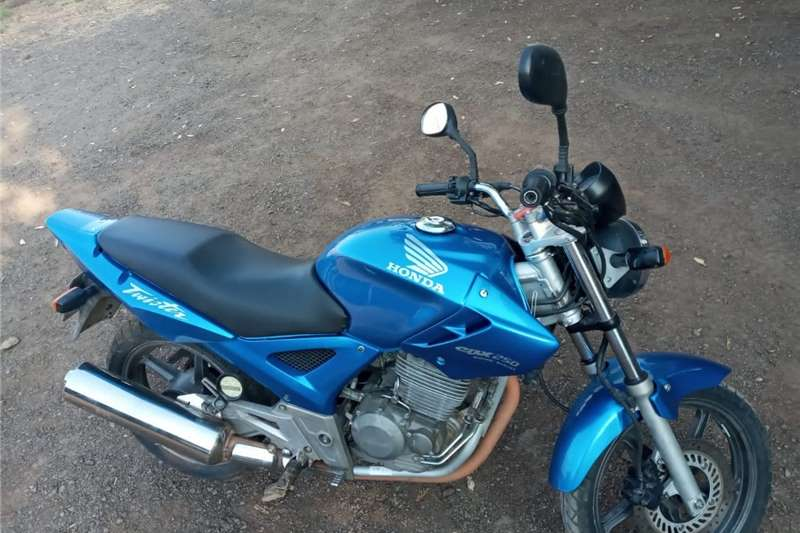 Honda CBX 2012