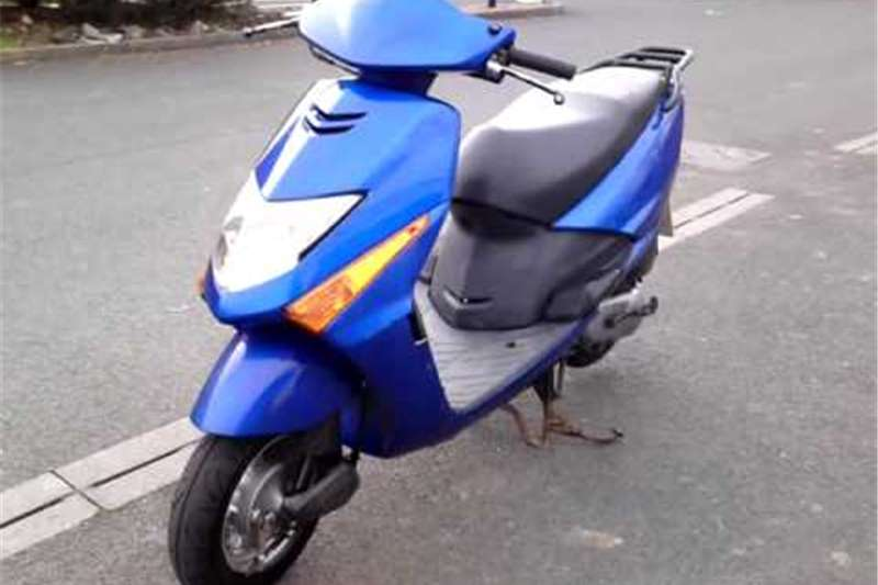 Honda Scooter Elite 2009