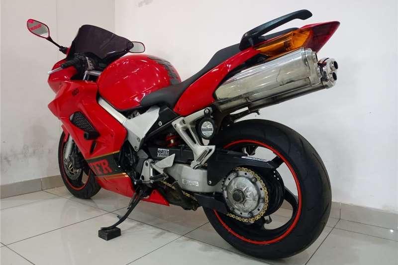 2003 Honda VFR800F