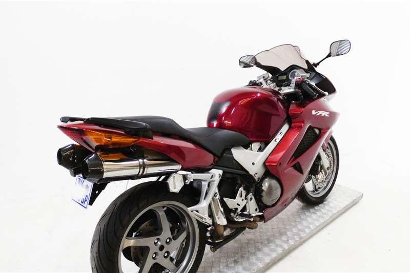 Honda VFR800F 2007