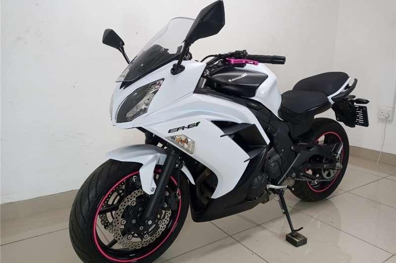 Kawasaki ER 2015
