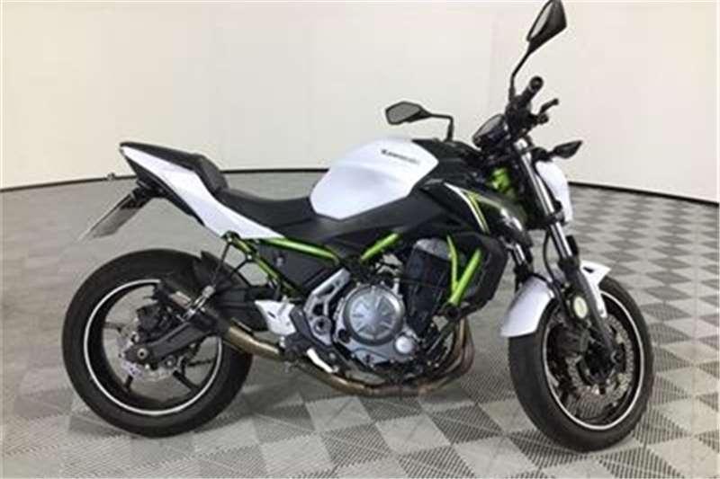 Kawasaki ER 2017