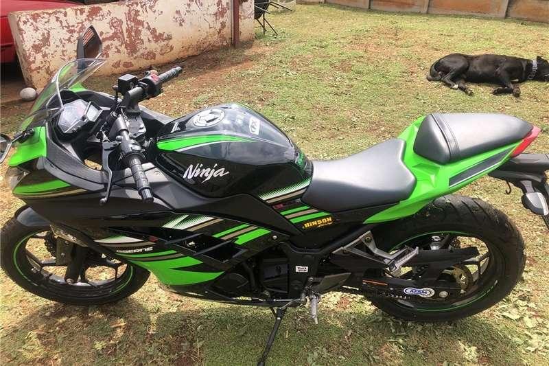 Kawasaki Ninja 300R ABS 2017
