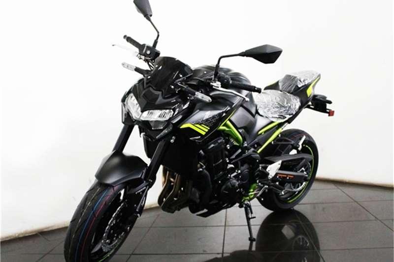 Kawasaki ZR 900 2021