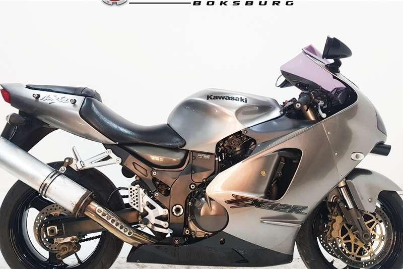 Kawasaki ZX 2001