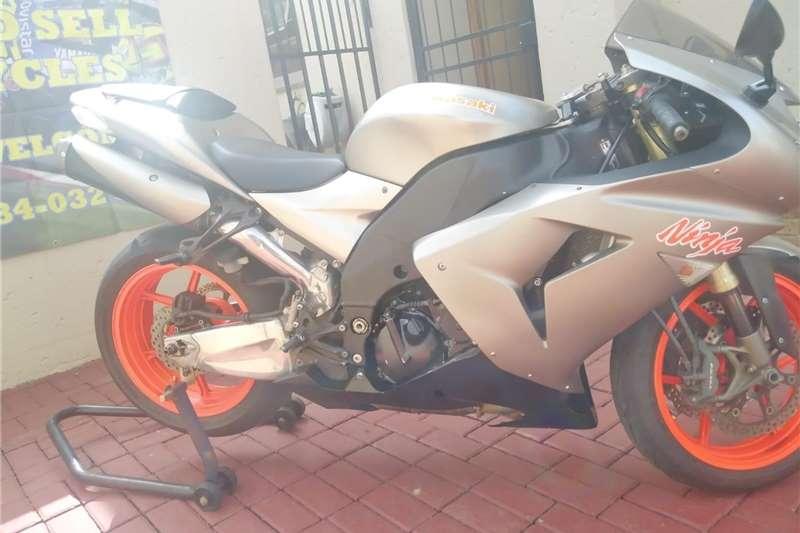 Kawasaki ZX10 2006
