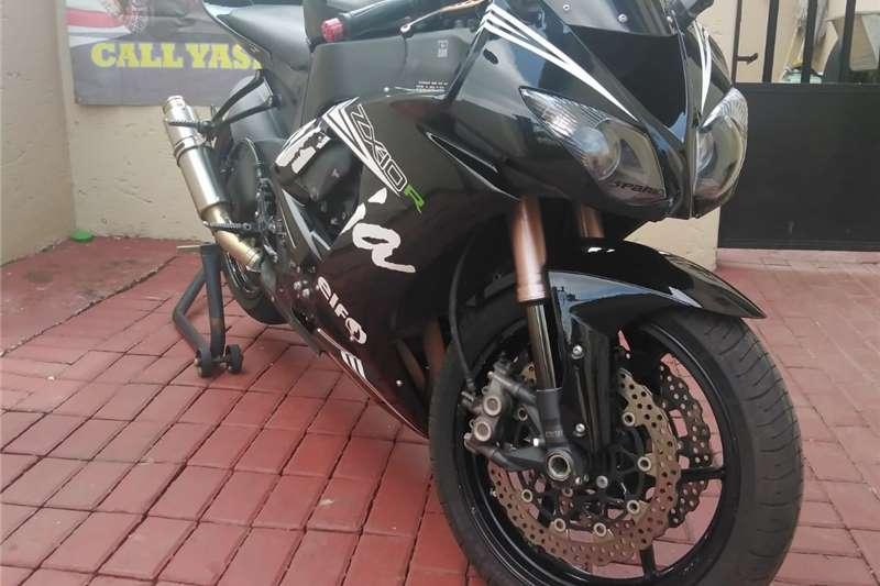 Kawasaki ZX10 2008