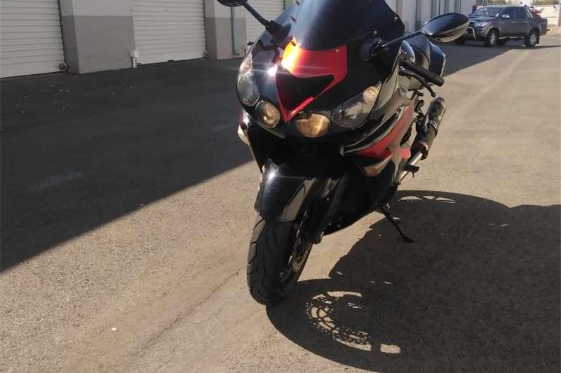 0 Kawasaki ZX14 Ninja