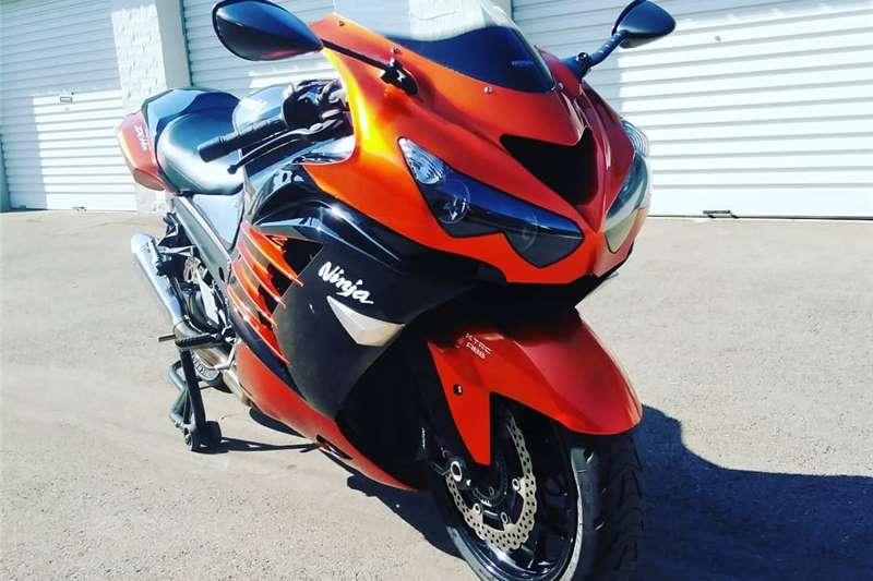 0 Kawasaki ZX14 Ninja Special Edition