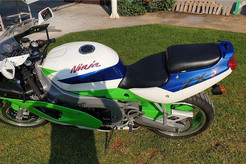 Kawasaki ZXR 1993