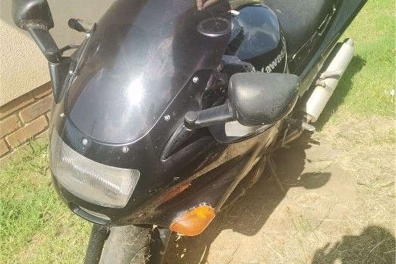 Used 2000 Kawasaki ZZR