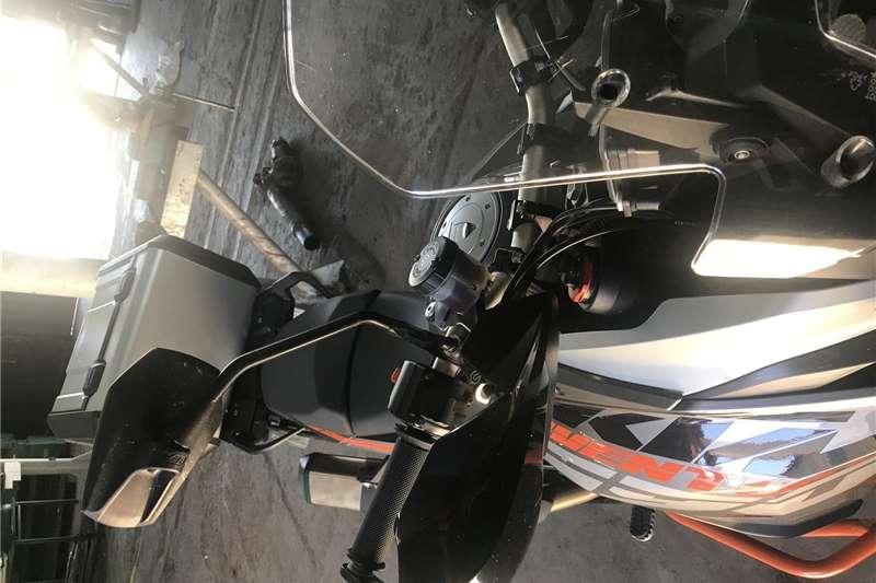 KTM 1190 2014