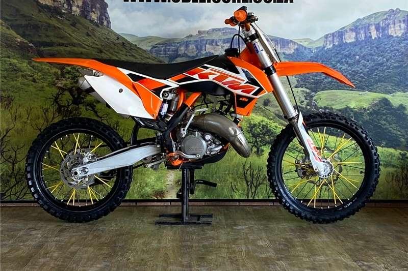 KTM 125 2015