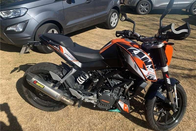 2016 KTM 125 Duke