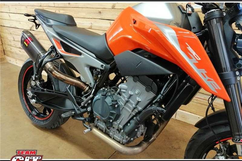 KTM 790 Duke 0