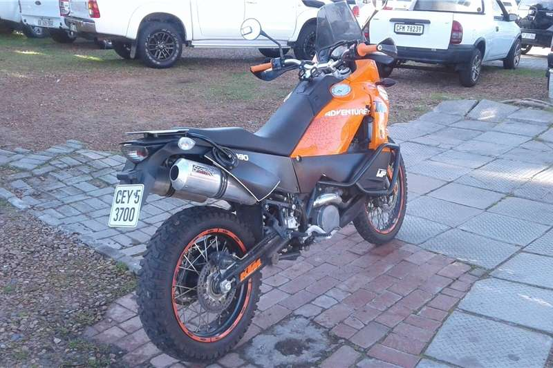 KTM Adventure 2011