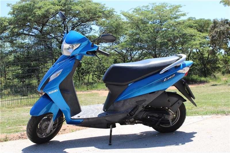 Suzuki AX100 2015