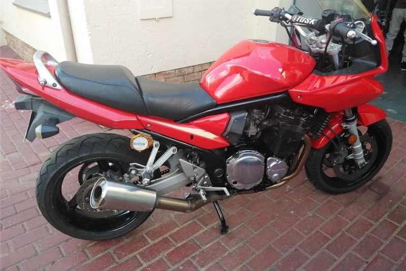Suzuki Bandit 2004