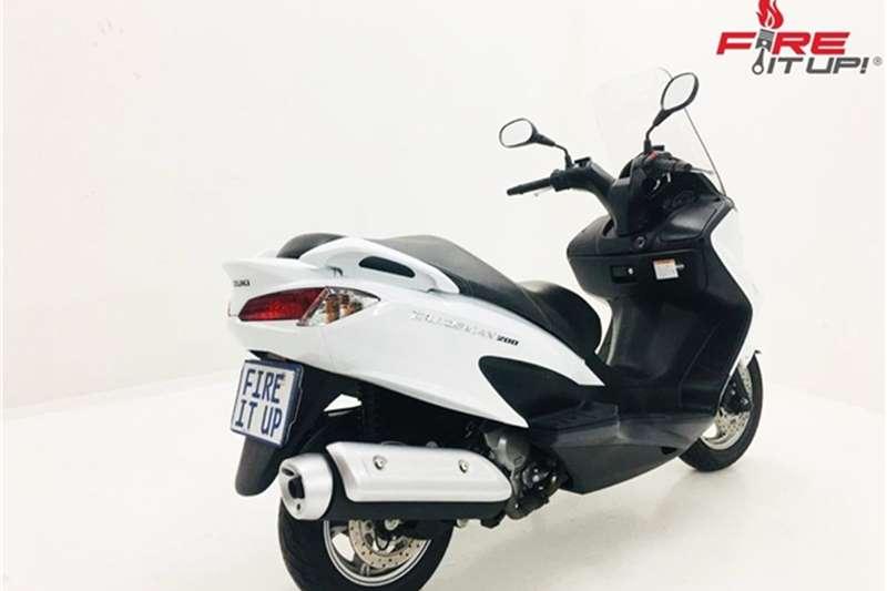 Suzuki Burgman 200 2016